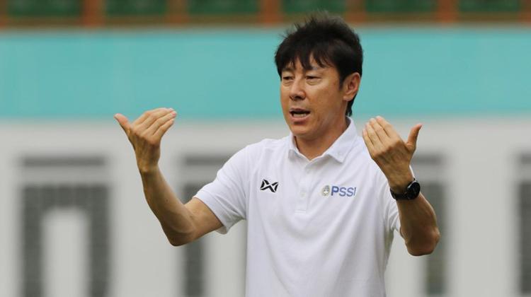 Shin Tae-yong chờ bốn tháng nhưng chưa có trận ra mắt cùng đội tuyển Indonesia. Ảnh: PSSI
