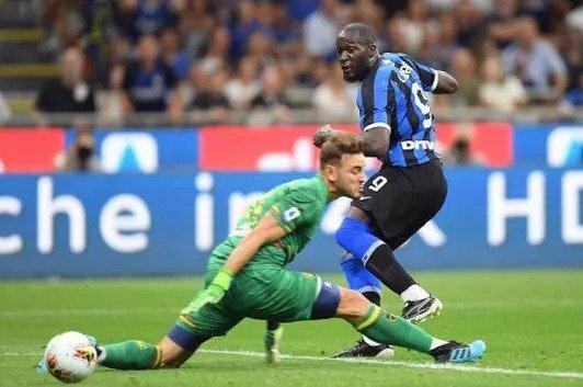 Lukaku đứng thứ ba trong danh sách ghi bàn ở Serie A mùa này, sau Ciro Immobile và Cristiano Ronaldo. Ảnh: Reuters.
