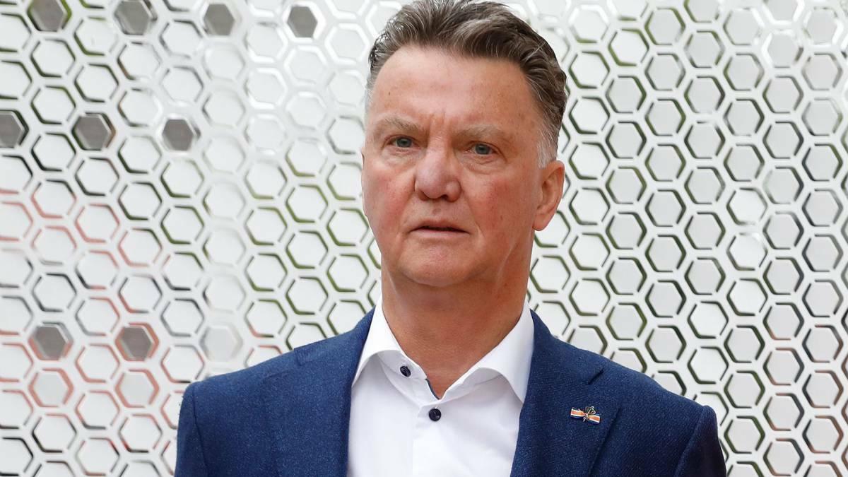 Van Gaaltuyên bố nghỉ hưu vào tháng 3/2019, gần ba năm sau khi rời Man Utd. Ảnh: AFP.