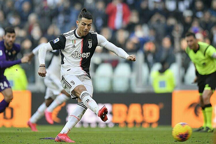 Ronaldo và đồng đội được cho là không thích vô địch nếu giải bị hủy. Ảnh: AP.