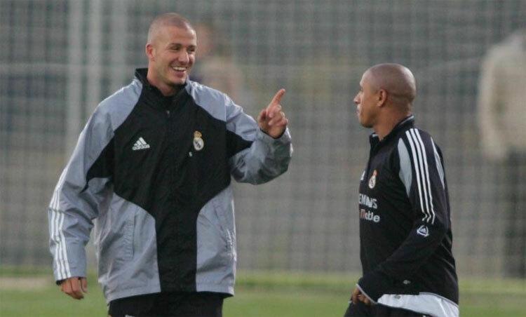 Beckham và Carlos đều có thể lực sung mãn vào thời đỉnh cao.