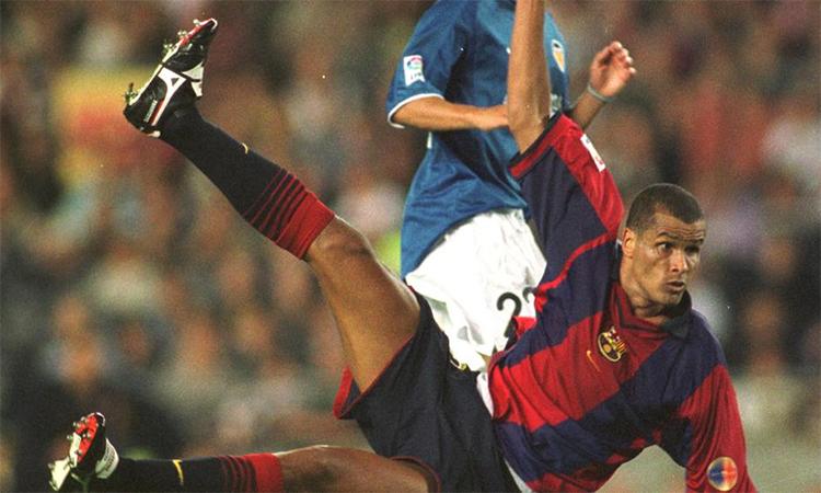Bản thân Rivaldo cũng không dám chắc có thể ghi bàn trong tình huống ngay người dứt điểm kiểu xe đạp chổng ngược.