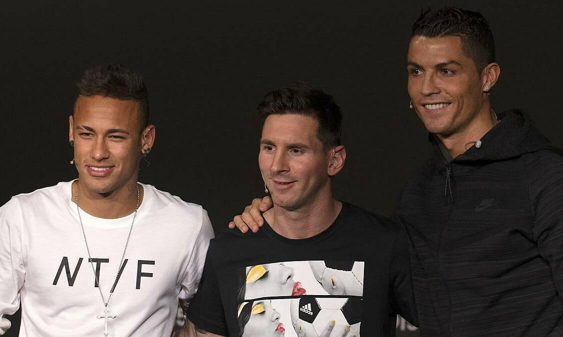 Neymar (trái) vào top ba Quả Bóng Vàng 2015 cùng Messi và Ronaldo. Ảnh: AS.