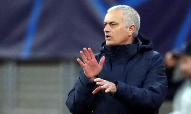 Mourinho đang tìm mọi cách giúp Tottenham lấy lại phong độ khi Ngoại hạng Anh trở lại. Ảnh: Reuters.