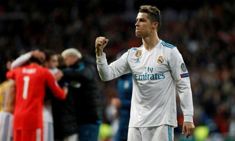 Ronaldo từng ghi 450 bàn trong 438 trận tại Real. Ảnh: Reuters.