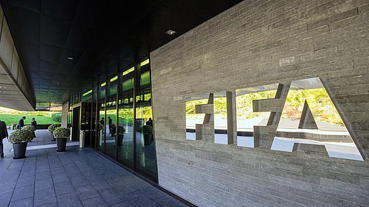 Phương án của FIFA được sự ủng hộ của đa phần các CLB tại châu Âu. Ảnh: AFP.