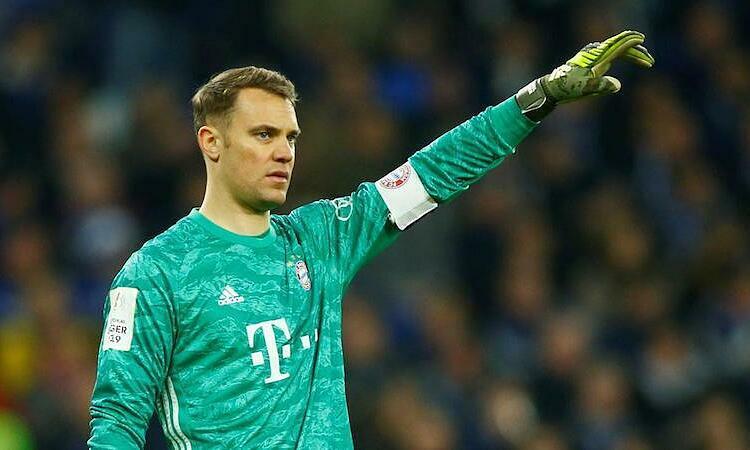 Neuer chưa gia hạn với Bayern và có thể ra đi vào mùa hè năm sau. Ảnh: Reuters.