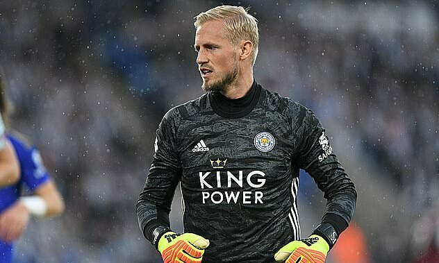 Kasper Schmeichel thi đấu cho Leicester từ năm 2011. Ảnh: REX.