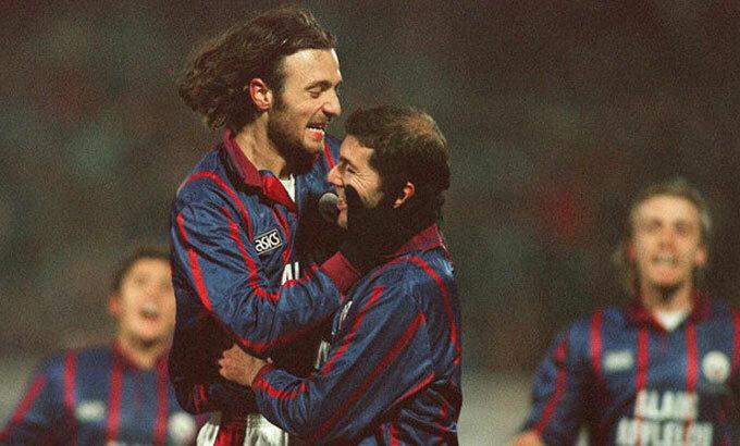 Dugarry và Zidane cùng trưởng thành tại Bordeaux. Ảnh: Marca.