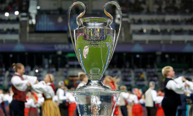 UEFA yêu cầu tôn trọng tiêu chí nguyên bản trong việc chọn đội. Ảnh: Reuters.