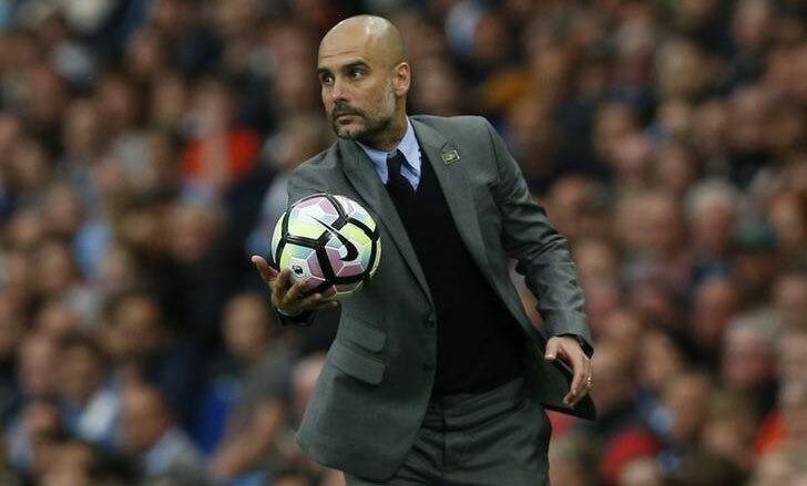 Guardiola cần sớm trở lại Anh để chuẩn bị cách ly và tái đấu. Ảnh: Reuters.