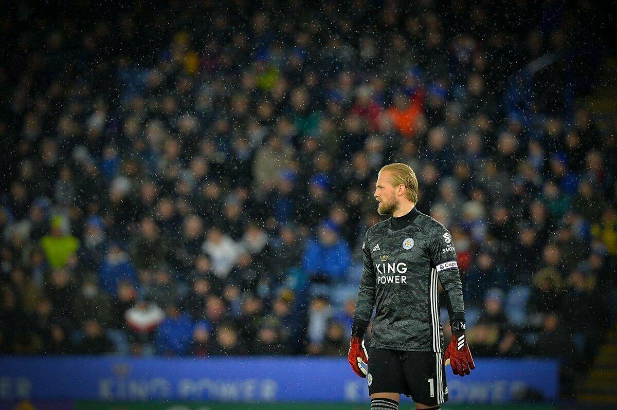 Kasper Schmeichel thi đấu chuyên nghiệp từ năm 2005, nhưng sự nghiệp chỉ bắt đầu thăng hoa từ khi đầu quân cho Leicester City năm 2011.