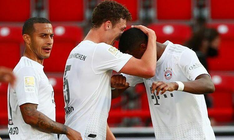 Bayern dễ dàng chiến thắng trước đối thủ yếu hơn. Ảnh: Reuters.