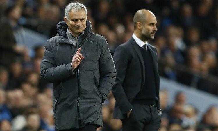 Mourinho và Guardiola đại diện cho hai kiểu bóng đá khác nhau. Ảnh: Reuters.