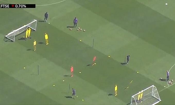 Một buổi tập của Tottenham. Ảnh: Sky.