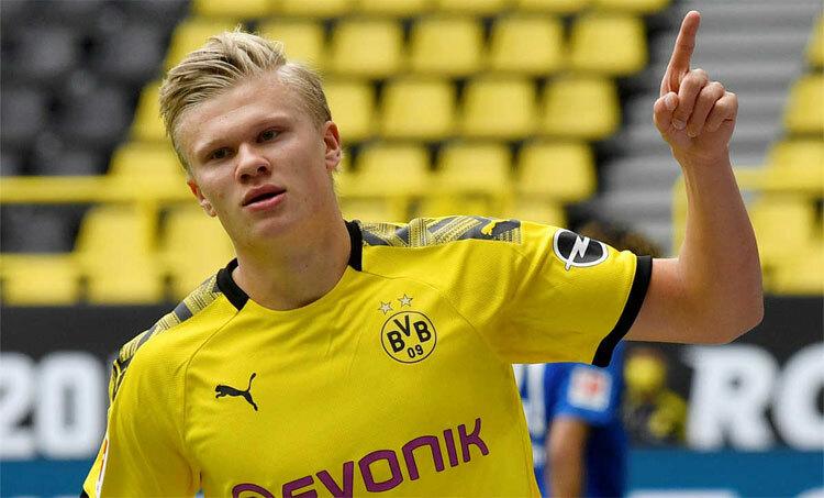 Haaland đang đều đặn ghi bàn cho Dortmund. Ảnh: Reuters.