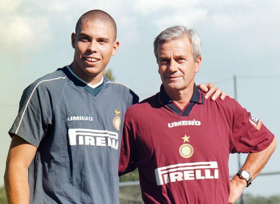 Mùa giải duy nhất làm việc với Simoni cũng là mùa giải thành công hơn cả của Ronaldo trong năm năm anh khoác áo Inter. Ảnh: ANSA.