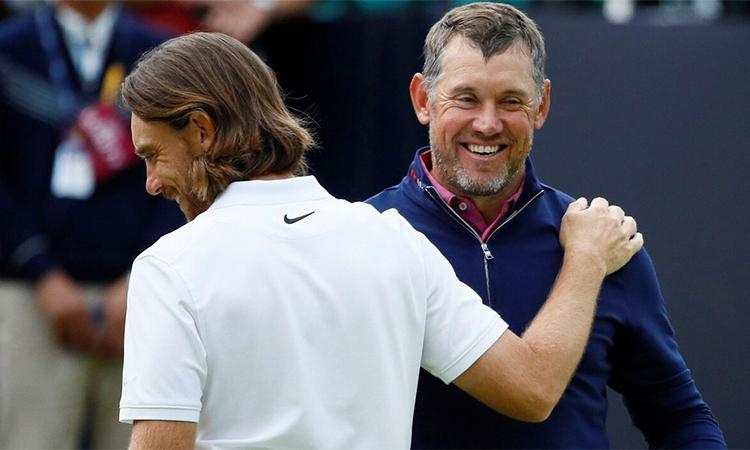 Các golfer từ châu Âu như Fleetwood (trái) hay Westwood (phải) không còn thuộc diện bị cấm nhập cảnh vào Mỹ để dự các sự kiện của PGA Tour. Ảnh: Reuters.
