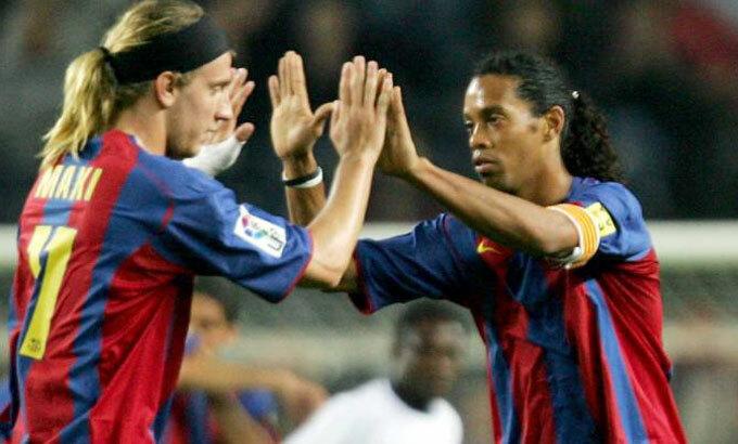 Maxi và Ronaldinho thi đấu cùng nhau giai đoạn 2005-2006. Ảnh: Reuters.
