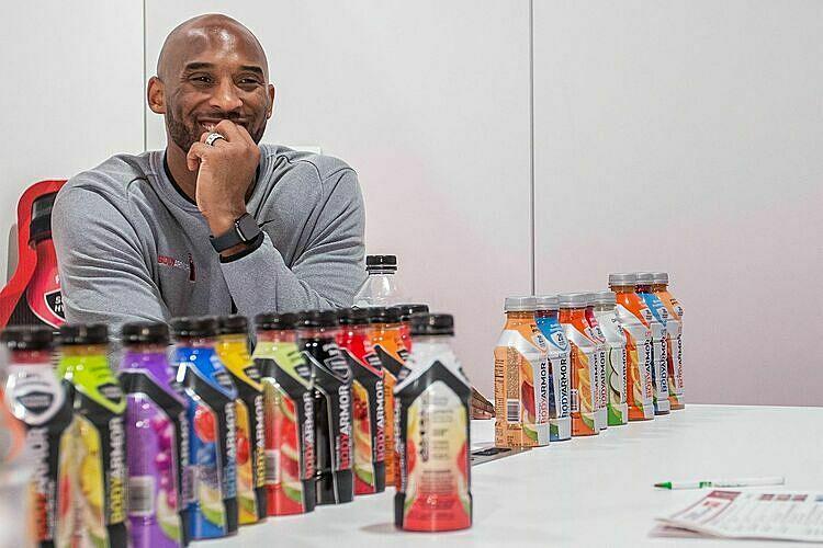 Kobe Bryant lãi gấp 40 lần so với những gì đã đầu tư vào Bodyarmor. Ảnh: Bodyarmor.