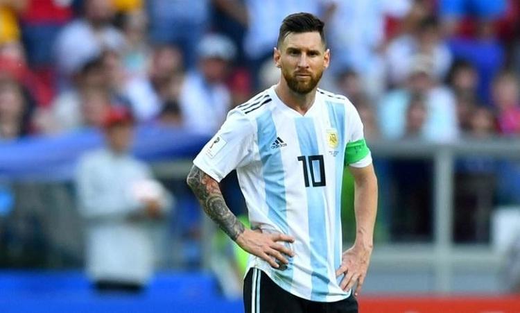 Messi chưa thể chấm dứt cơn khát danh hiệu tại tuyển Argentina. Ảnh: Reuters.