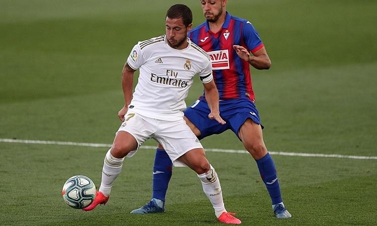Hazard thi đấu trở lại sau 4 tháng vắng mặt. Ảnh: Goal.