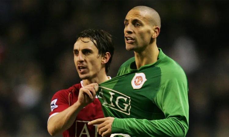 Neville và Ferdinand là hai huyền thoại của Man Utd. Ảnh: Action Images.