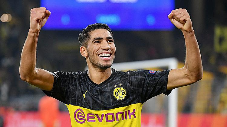 Hakimi là hậu vệ phải nhanh nhất Bundesliga mùa qua. Ảnh: Bundesliga.