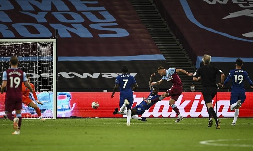Yarmolenko ấn định chiến thắng 3-2 cho West Ham ở phút 89. Ảnh: NMC Pool.