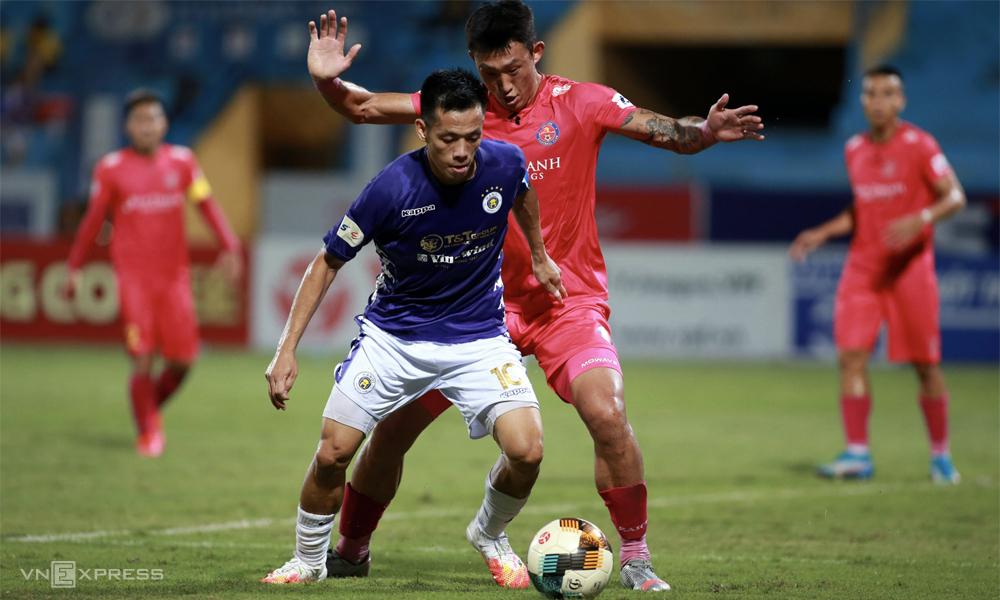 Hà Nội sẽ nhận được ít sự hỗ trợ hơn từ các đội bóng trong hệ sinh thái bầu Hiển như khi đua vô địch các mùa trước. Ảnh: Lâm Thỏa.