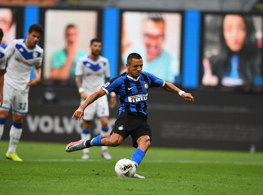 Sanchez ghi bàn từ chấm phạt đền. Ảnh: Inter.it