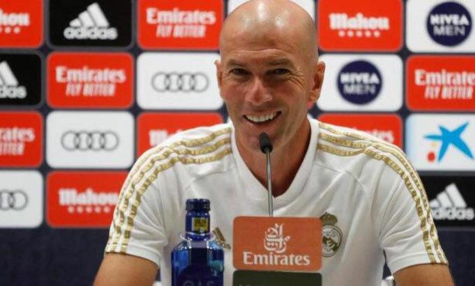 Zidane bình tĩnh trước cơ hội vô địch. Ảnh: EFE.