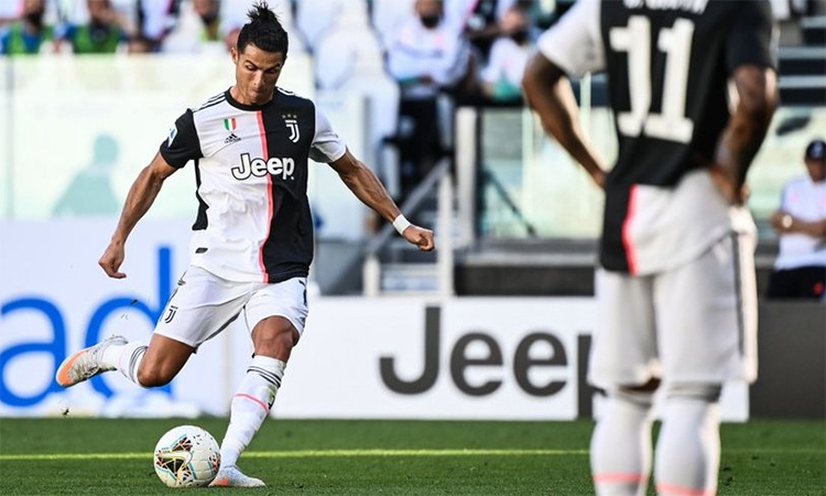 Bàn thắng trước Torino hôm qua là pha ghi bàn thứ 55 từ các pha đá phạt trực tiếp của Ronaldo.