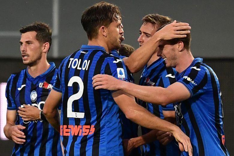Atalanta xem mỗi chiến thắng là một bước đi để xoa dịu nỗi đau mất mát mà thành phố Bergamo phải chịu trong tâm dịch. Ảnh: AFP.