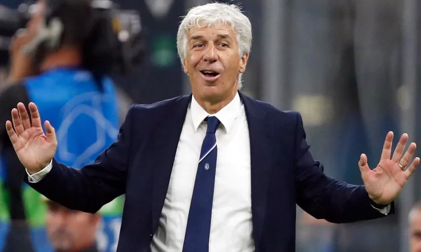 HLV Gasperini dẫn Atalanta từ năm 2016. Trước đó, ông từng huấn luyện đội trẻ Juventus, ba tháng cầm Inter, trước khi thành danh ở Genoa. Ảnh: AP.