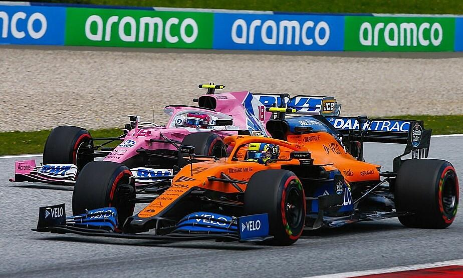 Norris (phải) vượt qua Stroll. Ảnh: Motorsport.