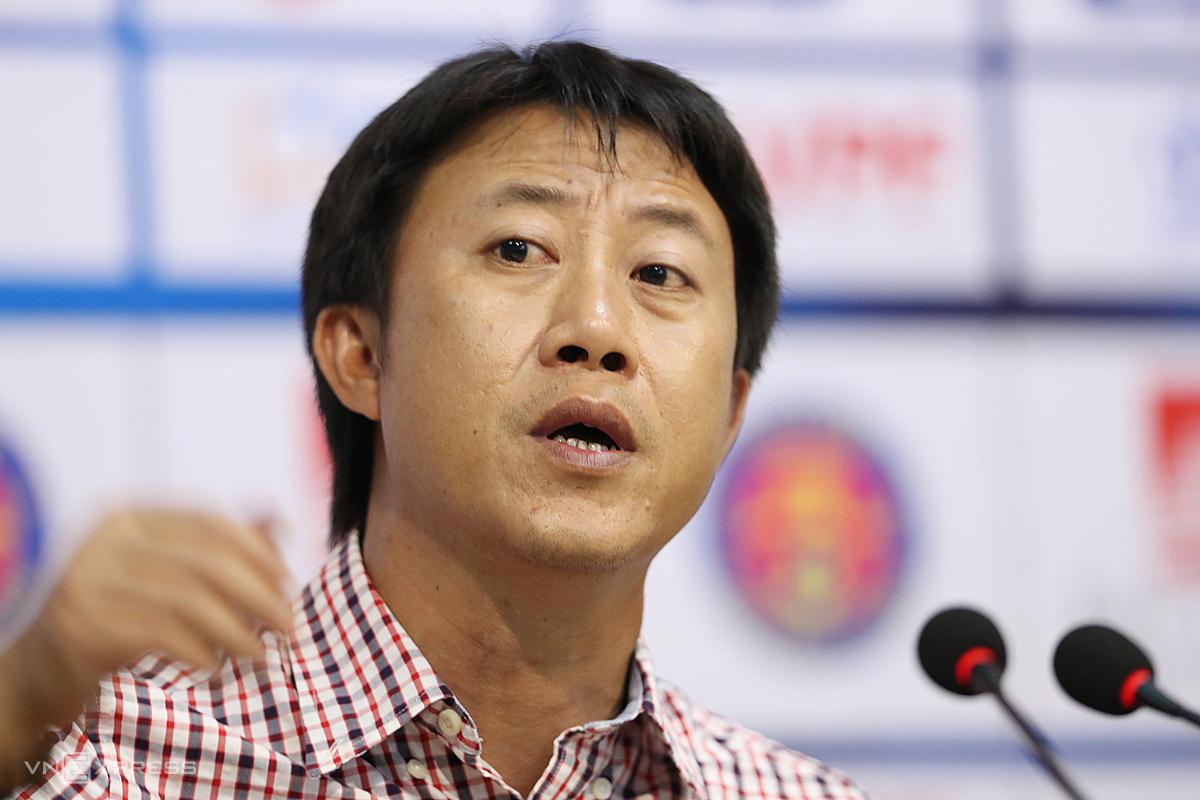 HLV Nguyễn Thành Công xem đội bóng cũ Sài Gòn FC là ứng viên đua tranh chức vô địch V-League năm nay. Ảnh: Đức Đồng.