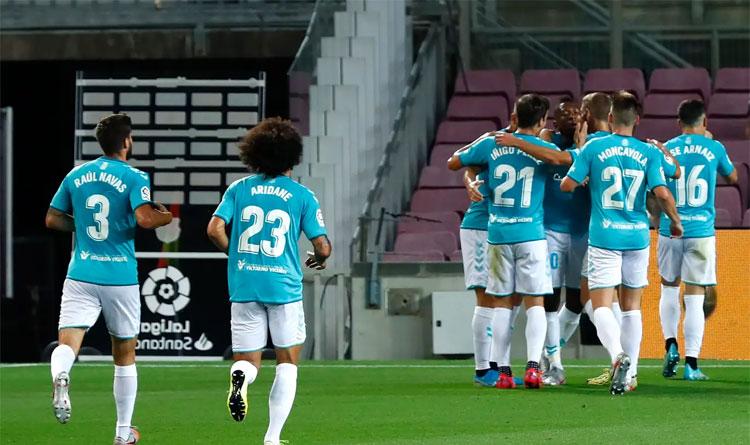 Osasuna tận dụng cơ hội Barca mất ý chí để giành chiến thắng. Ảnh: Reuters.