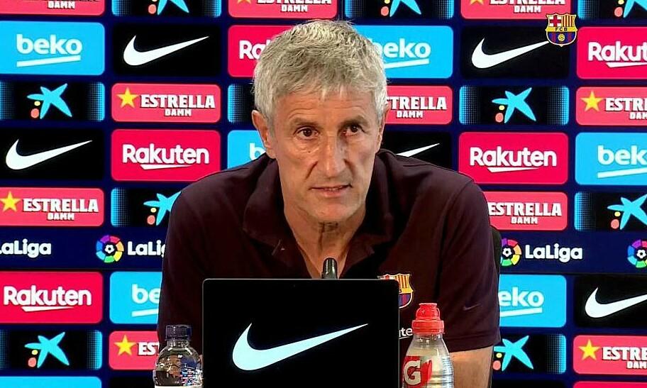 Setien sẽ không từ chức HLV Barca. Ảnh: EFE.