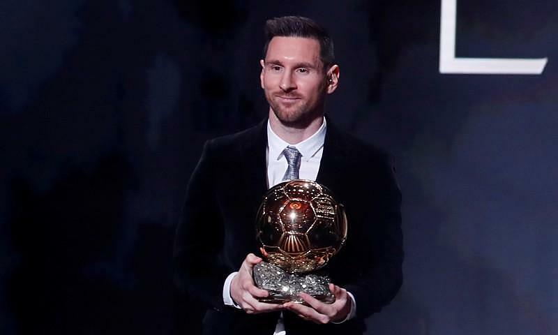 Messi nhận Quả Bóng Vàng 2019. Ảnh: Reuters.