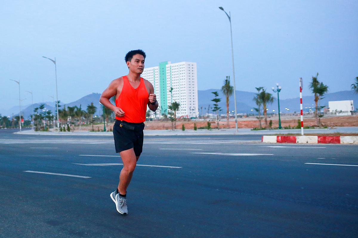 Đoàn Văn Thịnh, một trong những runner đầu tiên của nhóm chạy QMR.