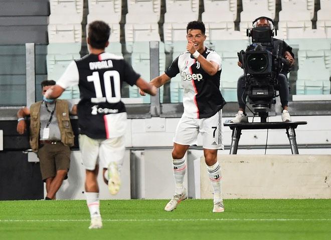 Ronaldo đang hướng đến Serie A và danh hiệu Vua phá lưới. Ảnh: Reuters.