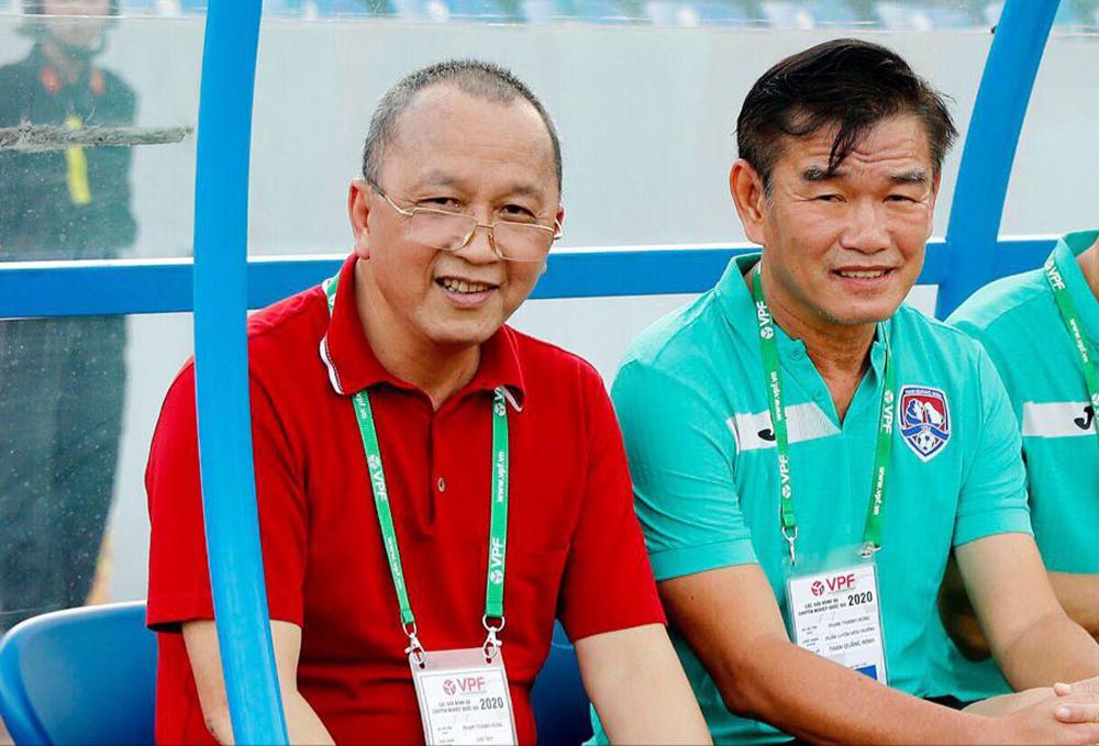 Ông Phạm Thanh Hùng (áo đỏ) là ứng viên sáng giá nhất cho ghế phó Chủ tịch phụ trách tài chính và vận động tài trợ của VFF.