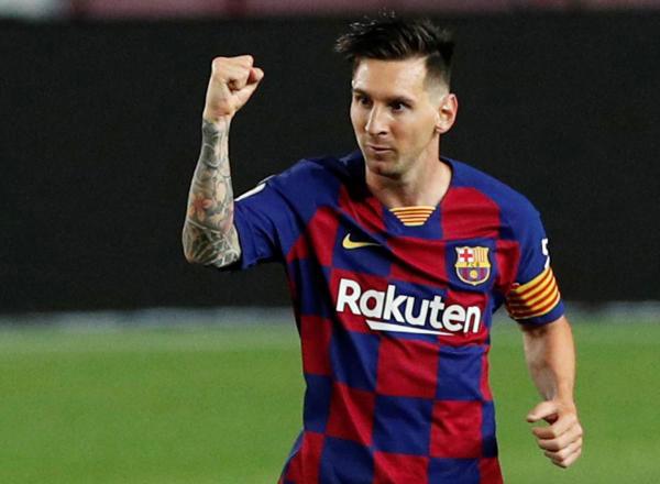 Messi đang giảm sút phong độ do tuổi tác, nhưng vẫn là Vua phá lưới và Vua kiến tạo La Liga mùa vừa qua. Ảnh: Reuters.