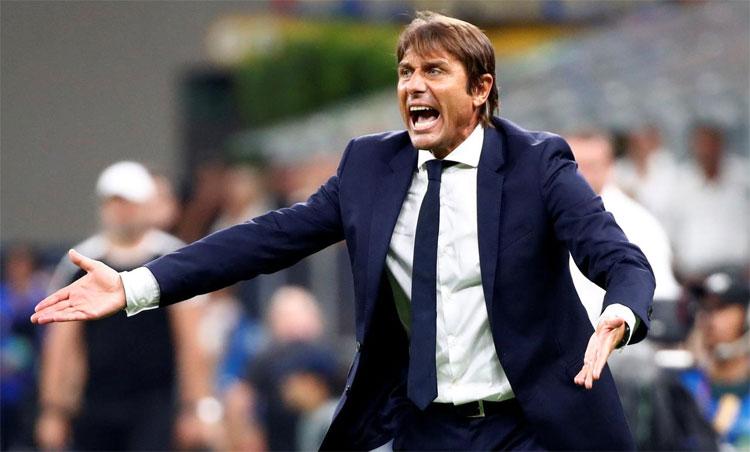 Conte có tiếng nói trọng lượng ở Inter. Ảnh: Reuters.