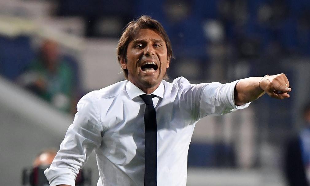 Conte còn hai năm hợp đồng với Inter và hiện là HLV lương cao nhất Serie A. Ảnh: Reuters.