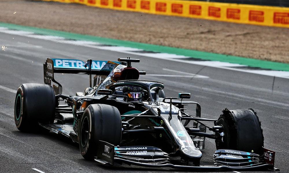 Đặc thù đường đua Silverstone khiến lốp trái trước trên các chiếc xe bị hư hại nhanh chóng. Ảnh: F1.