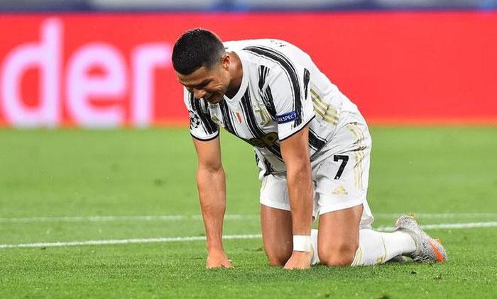 Ronaldo vẫn chơi tốt, nhưng không thể cứu Juventus. Ảnh: Reuters.