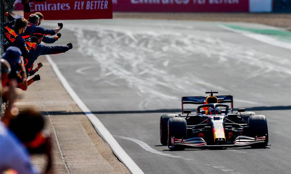 Verstappen cán đích đầu tiên tại Silverstone hôm nay 9/8. Ảnh: F1.