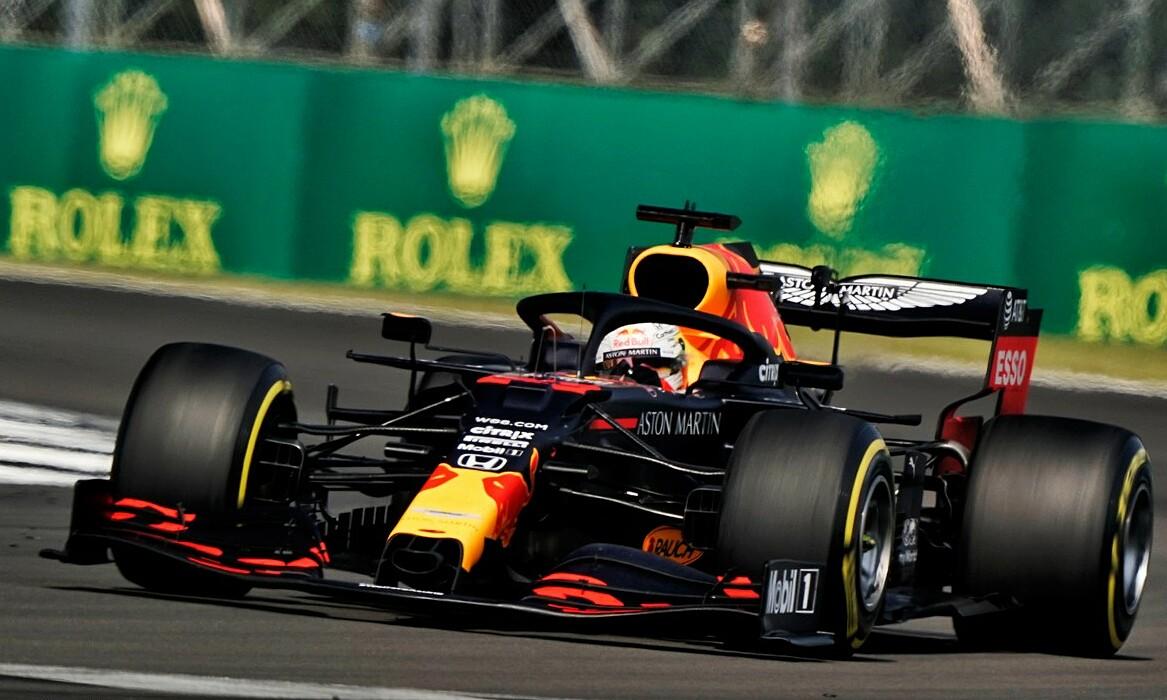 Verstappen trình diễn xuất sắc từ đầu chí cuối ở Silverstone hôm 9/8. Ảnh: XPB.